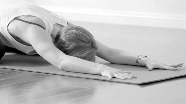 60-Minute Soulful FLOW with Lisa - 11/15, Align Inwardly & Outwardly