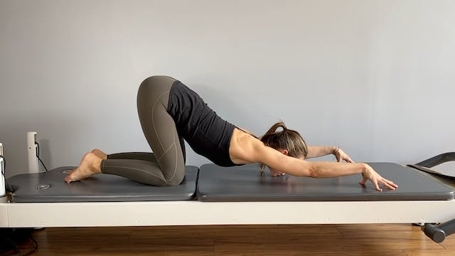 6-Minute Pilates Stretch with Keary