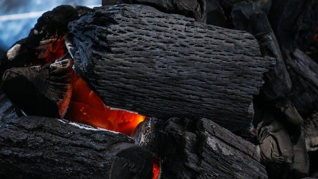 Cocinando con carbón