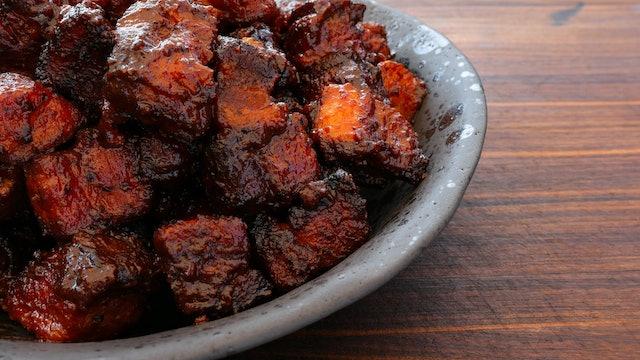 Bites de pork belly ahumado