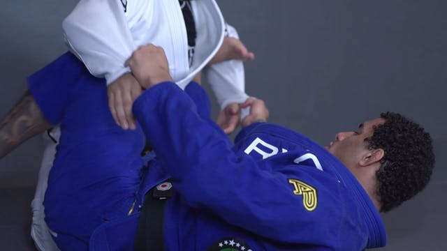 Faking the Sweep to Omoplata [BJJ-05-...