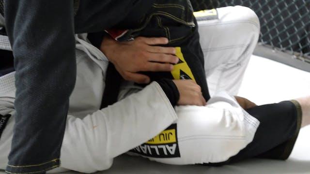 Pushing the Knees [BJJ-06-01-04]