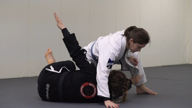 Using the Lapel to Sweep from Knee Cut [BJJ-04-03-26]