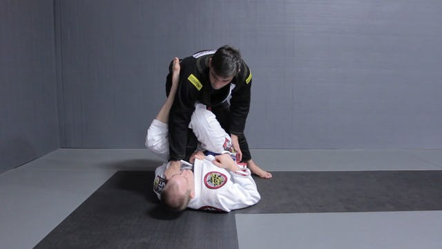 Dropping Straight to Mount [BJJ-03-08-01]