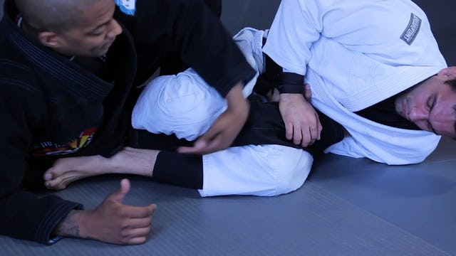 Knee on Wrist Pass [BJJ-03-08-04]