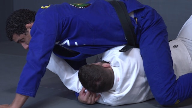Cross Arm Sweeping to Mount [BJJ-04-01-13]