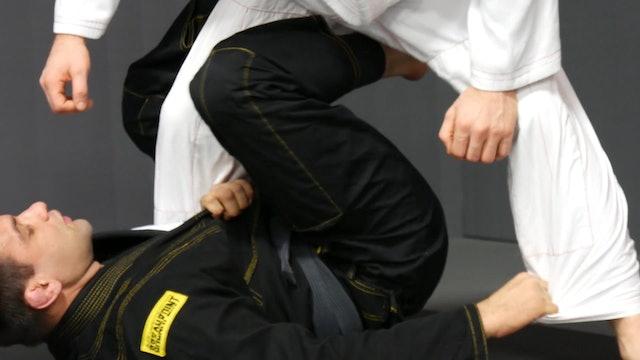 Shift Hips to Sweep Backwards [BJJ-04-08-01]