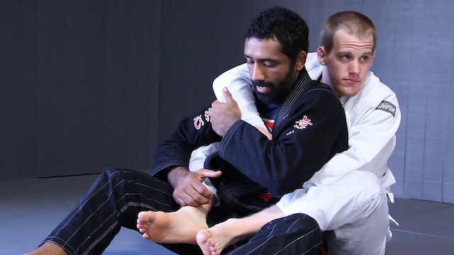 Escaping to the Overhook Side [BJJ-06-03-01]