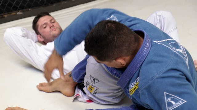 Spinning to Knee Bar [BJJ-05-14-04]
