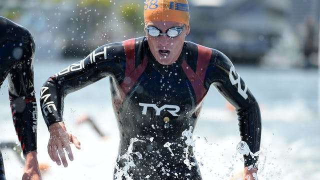 2015 ITU World Triathlon Gold Coast E...