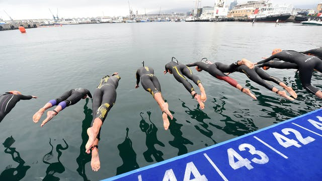 2016 ITU World Triathlon Cape Town El...