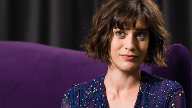 Lizzy Caplan Recommends 'Swimming With Sharks'