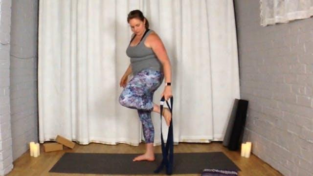 Intro to Flow Yoga: Using Yoga Blocks...
