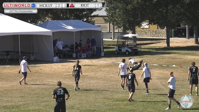 Molly Brown vs. Riot | Women's Pool Play | Pro Championships 2017