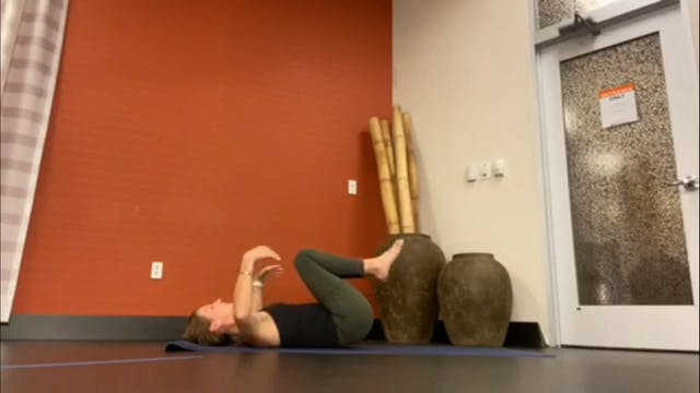 Sunrise Yoga with Carli (LIVE Thursda...