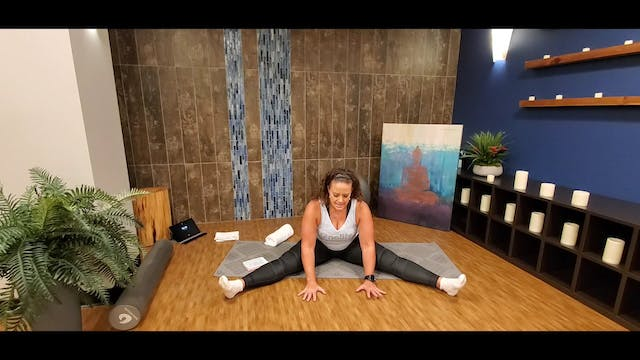 Yin Yoga with Morgan (LIVE Monday 8/3...