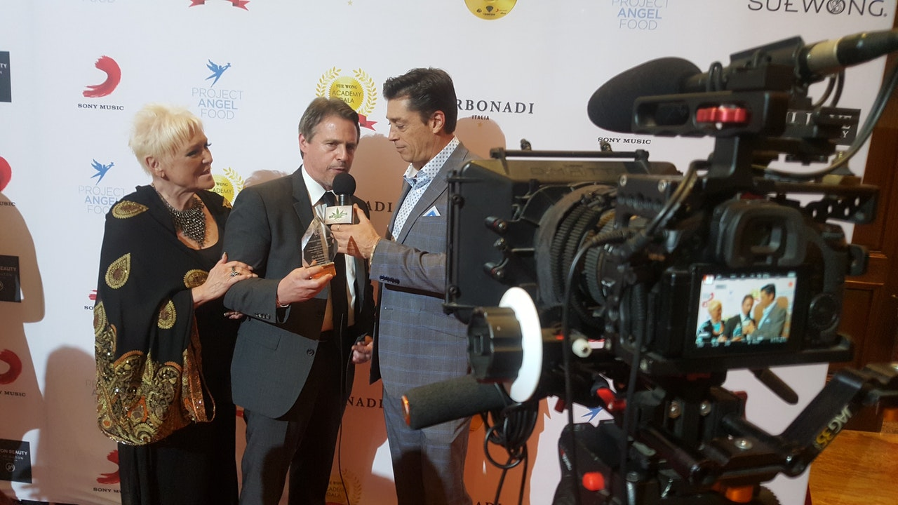 Sue Wong Oscar Gala 2020 - Behind the scenes!