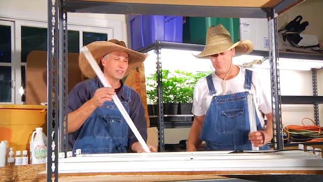 Happy Farmers - Wirin' a lite!