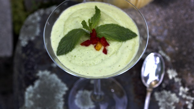 Chilled Advocado Soup