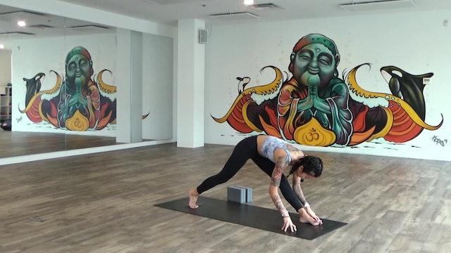 Lina Balancing Video