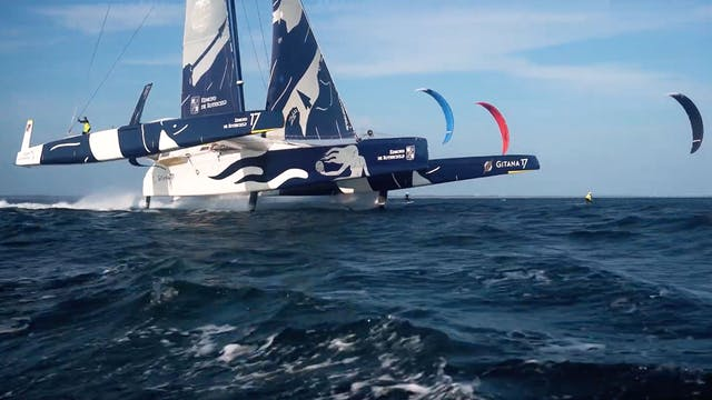 Gitana Team vs The Lorient Kitefoilers