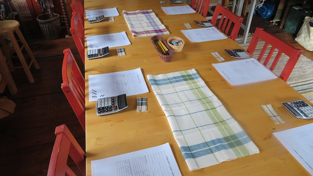 04. Planning tablecloths