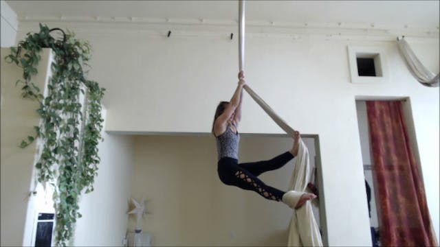 Fundamentals - The Building Blocks of Aerial Silks