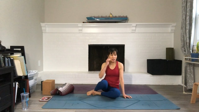 Hips Movement & Stretch with Amy Wong (45 mins)