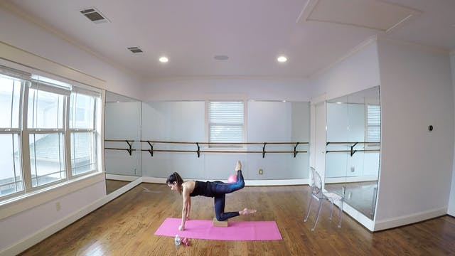 Full Barre Workout with Monica Flores...