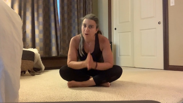 Post-workout Stretch with Lauren Harris (30 mins)