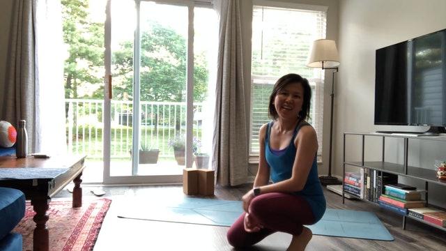 Lower Body Mobility and Stretch with Amy Wong (35 mins)
