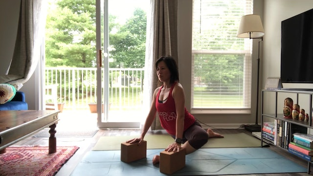 Stretch It Out with Amy Wong (37 mins)