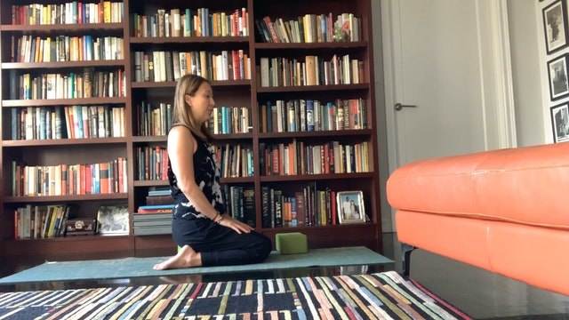 Gentle Flow to Glow with Yuliana Kim-Grant (55 mins)