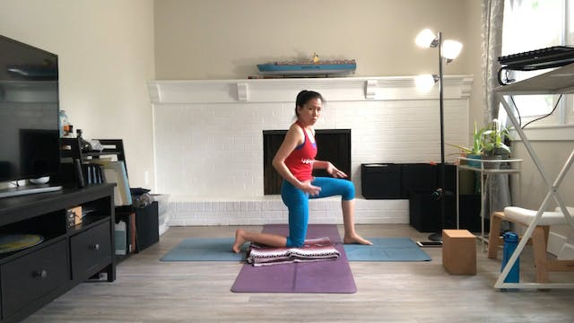 Stretch & Relax with Amy Wong (30 mins)