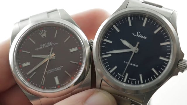 Rolex Oyster Perpetual 39mm 114300 vs...