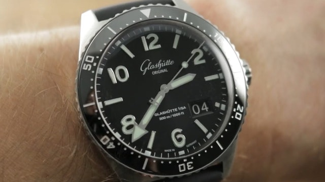 2019 Glashutte Original Seaq Panorama Date 1-36-13-01-80-06 Dive Watch Review