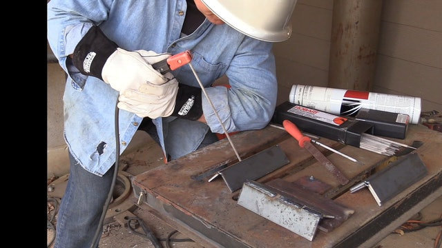 Learning to Stick Weld with 6013 and 7014 Electrodes - a beginner video