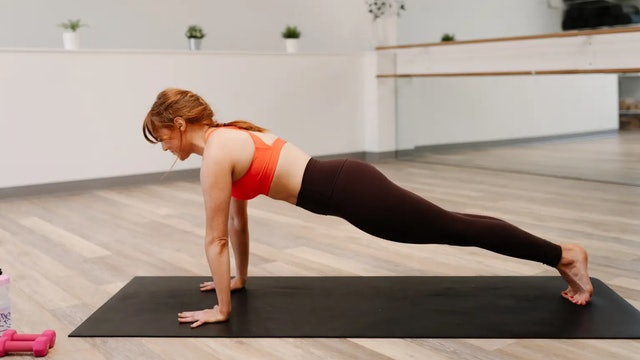 45 Minute Full Body Barre with Emily