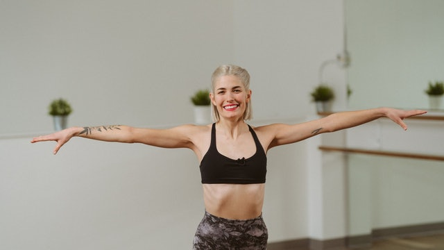 55 Minute Full Body Barre with Kerry