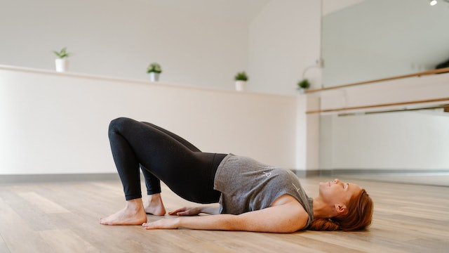 50 Minute Full Body Barre with Emily