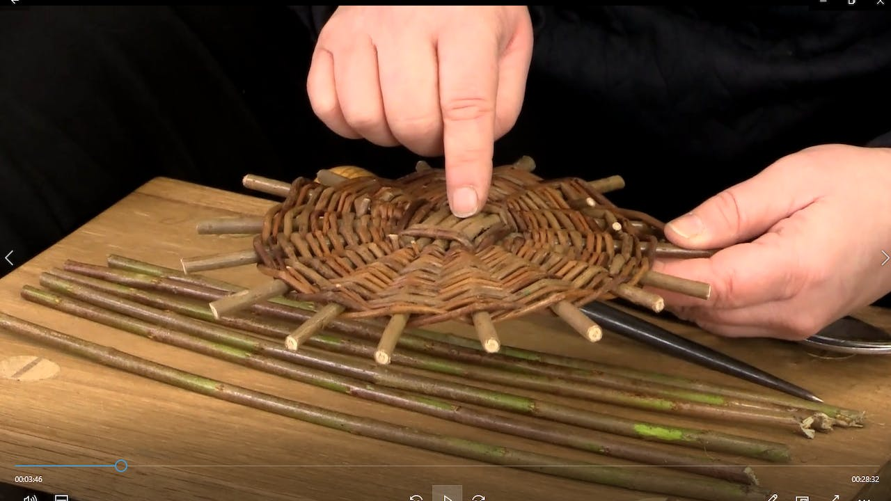 How to make a round willow basket base