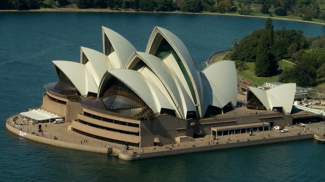 S1 Ep 5 - Australia