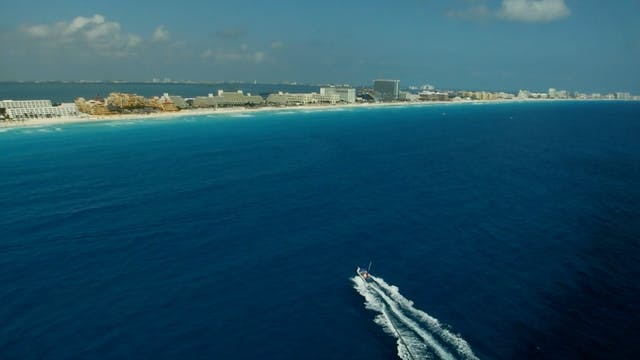 S1 Ep 8 - Cancun