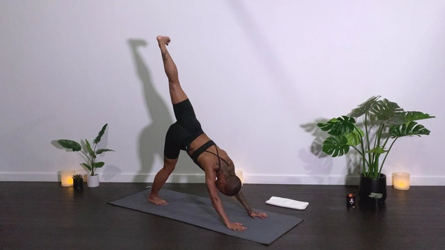 THE ENERGY SERIES | SACRAL CHAKRA MINI BURN: HIP OPENER WITH JO M