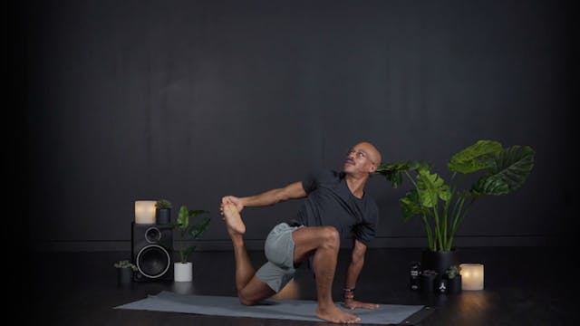 ENERGY SHIFT: MORNING FLOW WITH KYLE D