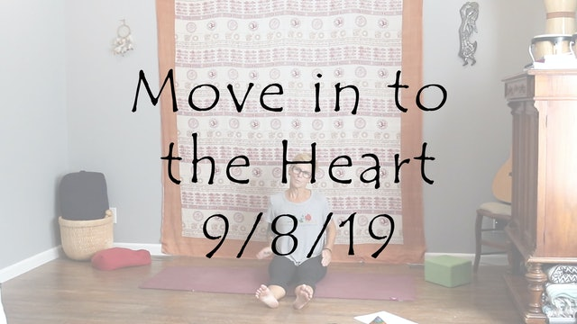 Kundalini Yoga – beginner  Move in to the Heart