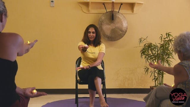 (1 Hr) Holding Tea Lights - Meditativ...