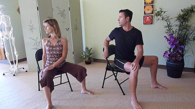 Innovative Back Twist Sequence with J...