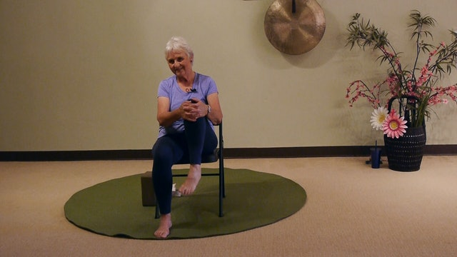 Great option to Stretch the Piriformis Muscle for Sciatica Relief with Melanie Starr