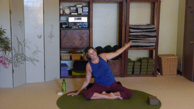(1 Hr) Aloha Gentle Yoga Therapy for the Whole Body with Justine Shelton